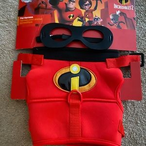 Disney Incredibles dog harness and mask